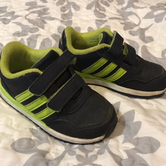 GUC Adidas Neo Label Shoes Plenty of life left. These are a